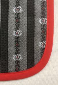 Edelweiss Lätzchen grau/schwarz