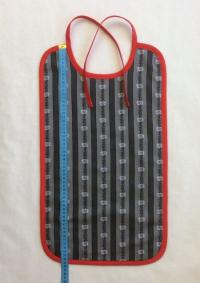 Kundenauftrag: XXL-Edelweiss-Lätzchen grau-schwarz-rot