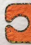 Verkauft: Druckknopf Lätzchen orange mit Fröschen (Unikat)