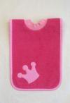 Schlupflätzchen in pink mit Kronenapplikation